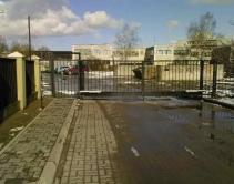 ворота для въезда на территорию предприятия