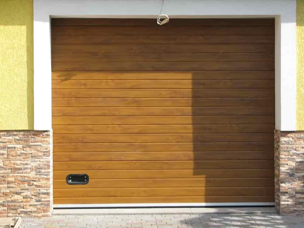 гаражные ворота в калининграде секционные гаражные ворота